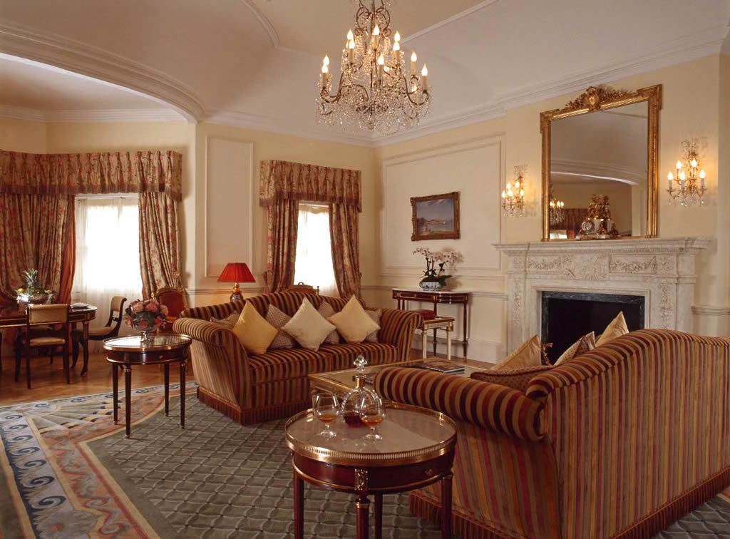 Классика гостиная интерьер