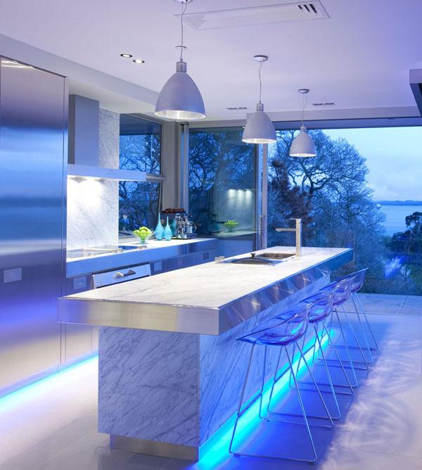 blue-highlighted-modern-kitchen