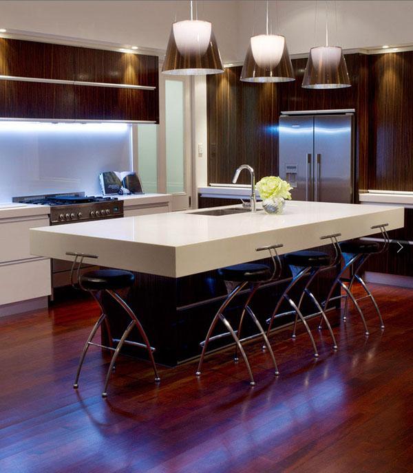 light-and-dark-modern-kitchen-2