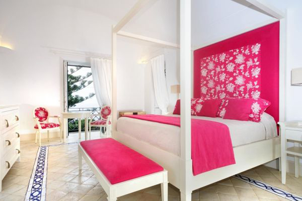 pink-white-bedroom