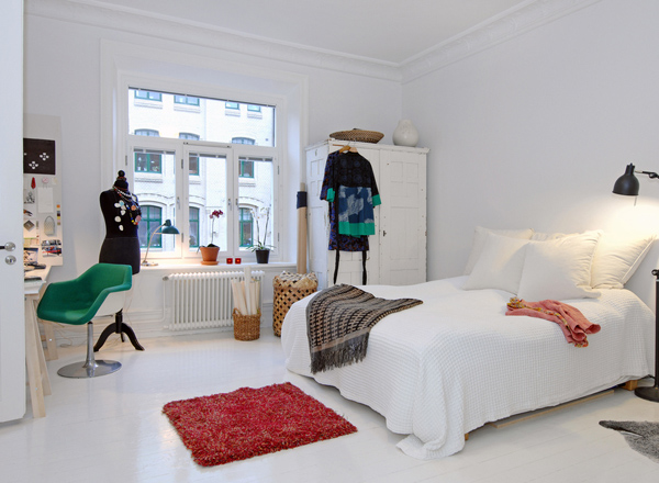 Small-Bedroom-Ideas-06-1-Kindesign