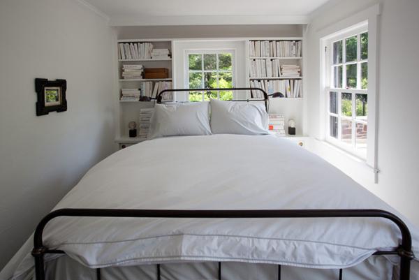 Small-Bedroom-Ideas-25-1-Kindesign