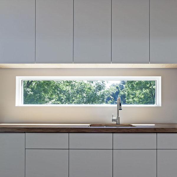 glass-window-backsplash