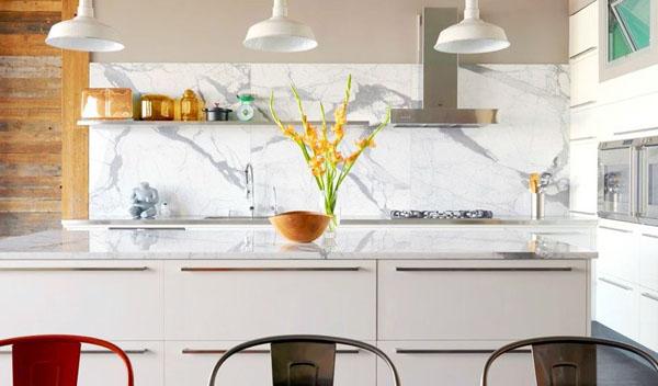 marble-white-and-grey-backsplash