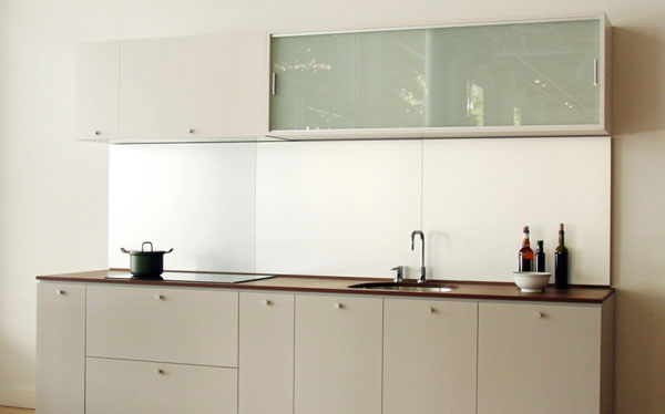 metallic-matte-minimalist-kitchen