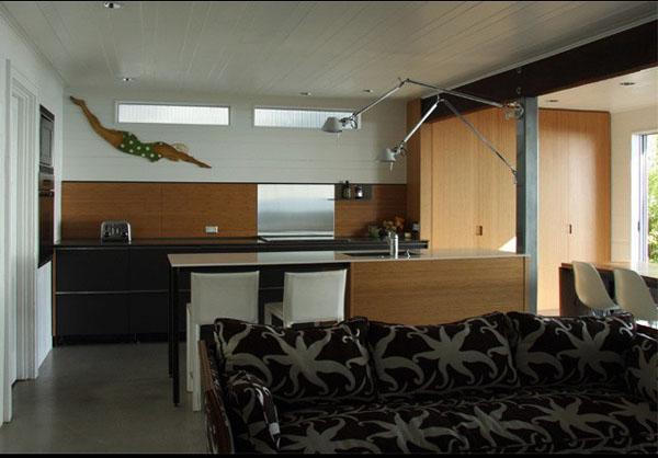 wood-backsplash-modern-kitchen