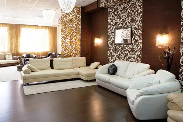 398149_interer_stil_dizajn_bezhevyj_korichnevyj_gostinaya_3000x2000_(www.GdeFon.ru)