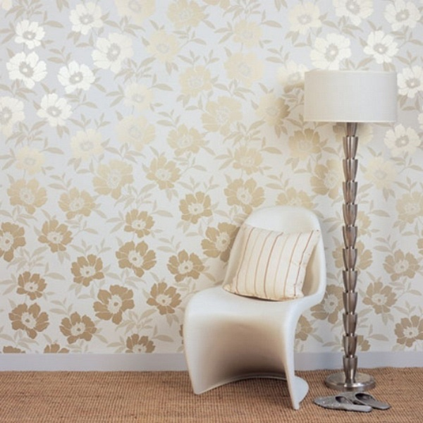 Golden-Floral-Wallpaper-for-Complimenting-Interior-Decoration