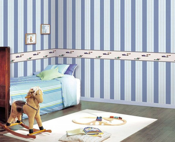 blue-white-striped-walls-665x542