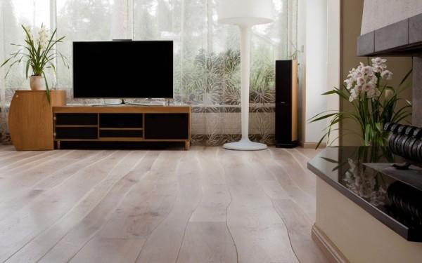 bolefloor-living-room-floor-2-600x375