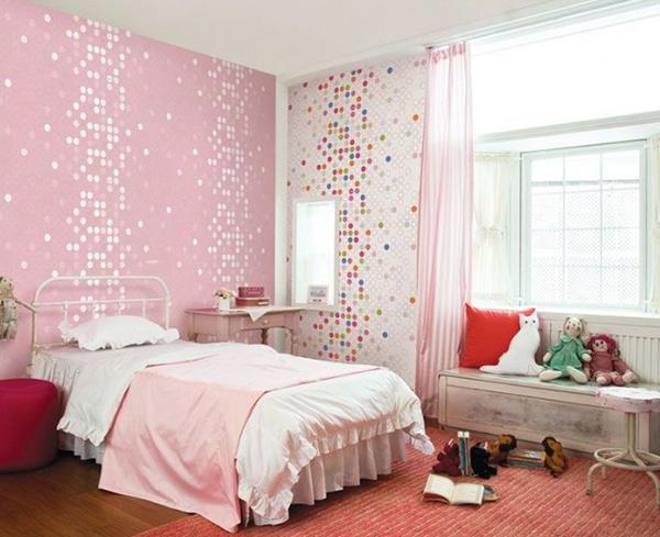 dotty-wallpaper-665x542